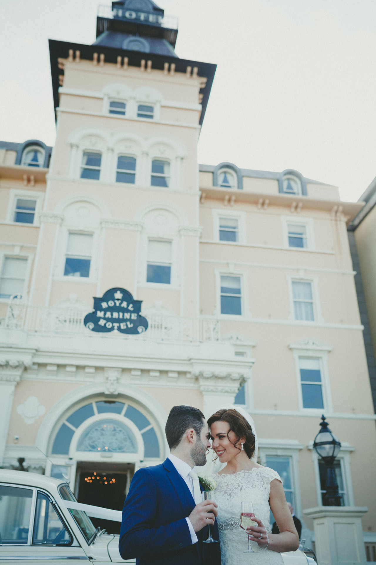 Royal-marine-hotel-wedding-photos11