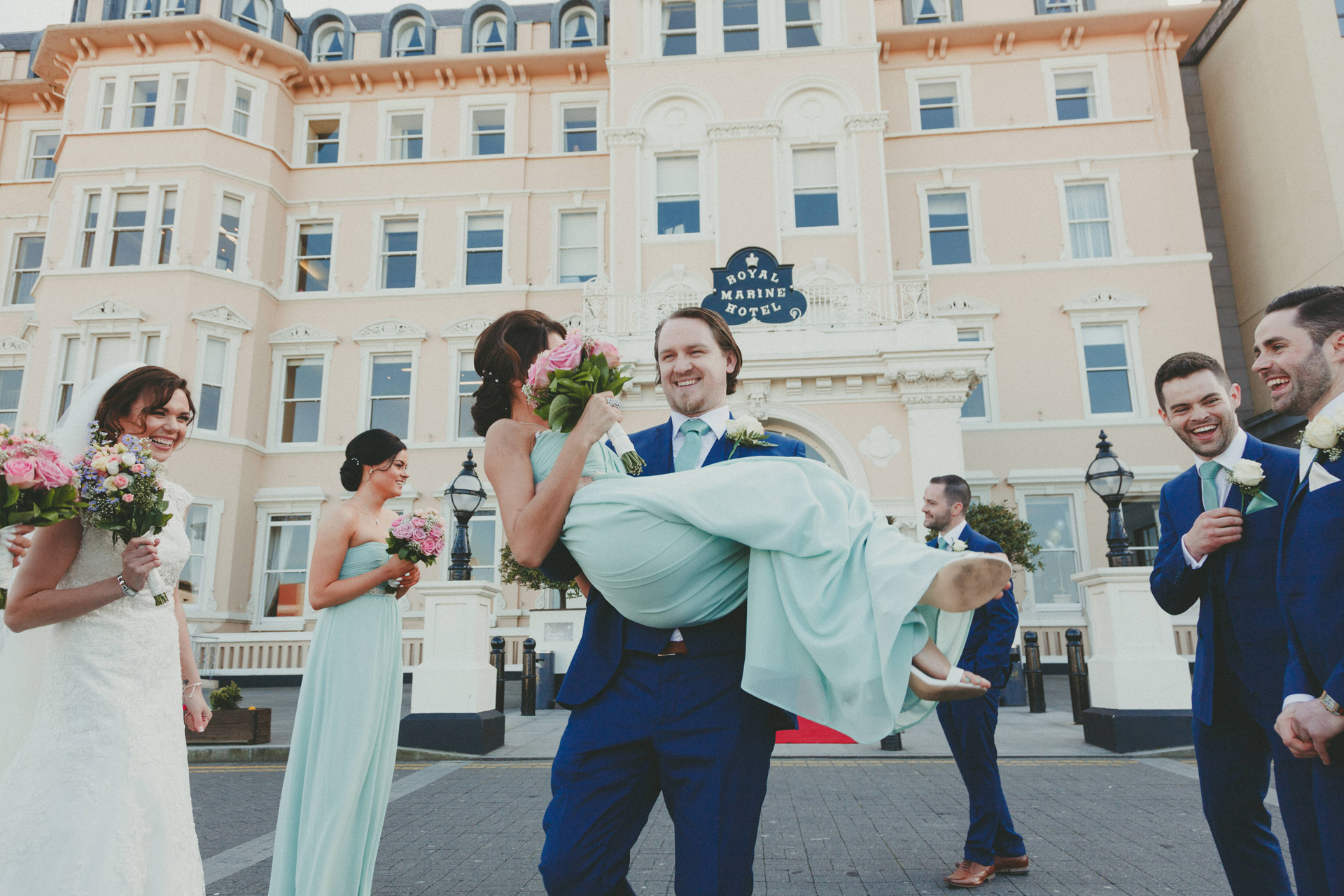Royal-marine-hotel-wedding-photos10