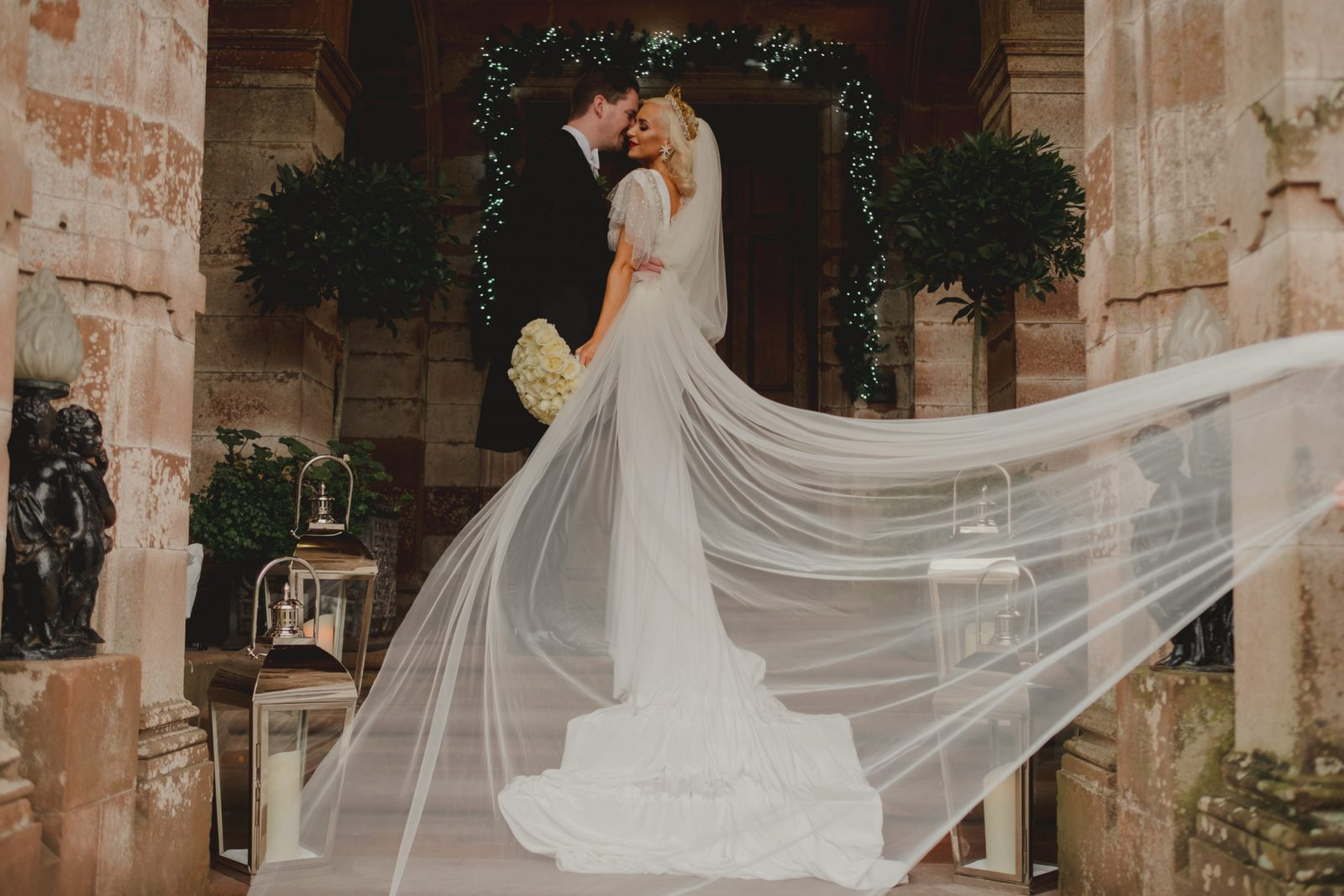 CASTLE-LESLIE-WEDDING-PHOTOGRAPHY-77